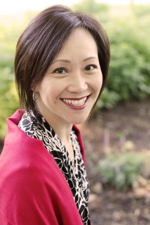 Kathy Khang Headshot